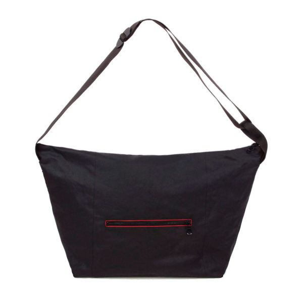front.macao.black.red